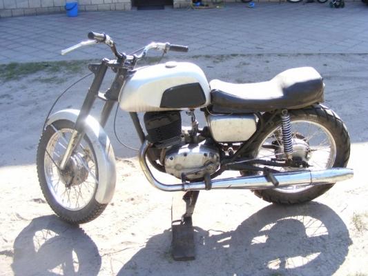 cz-175-sport-0