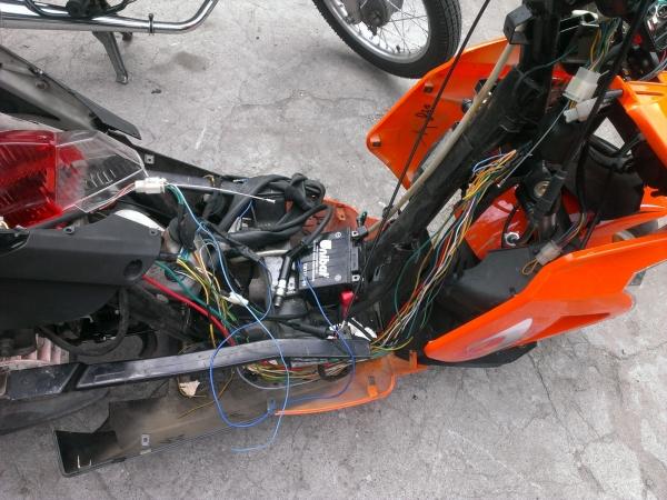 spalona-instalacja-skuter-12